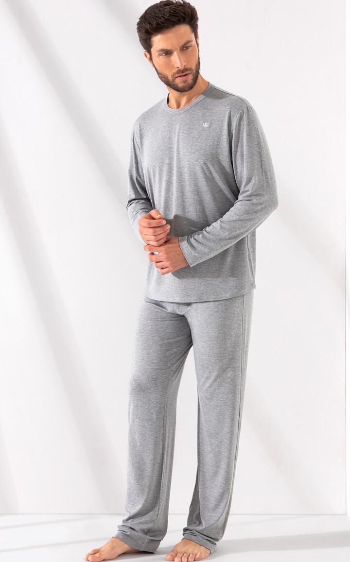 Blusa Gola Redonda com Calça Gabriel